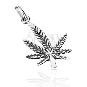 Sterling ezüst medál - ívelt patinás marihuána levél