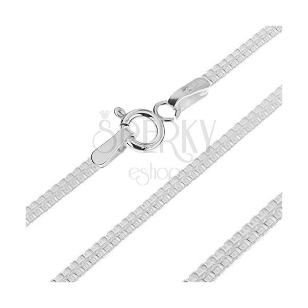 Lapos ezüst nyaklánc - csatolt négyzetek két sorban, 1.7 mm