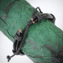 Fekete bőrkarkötő - körbecsavart gömbölyű zsinórok