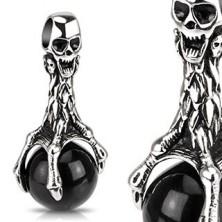Antikolt medál acélból - koponya, fekete gömb és karmok