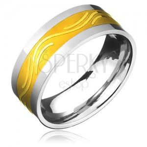Gyűrű orvosi acélból - arany színű sáv finom hullámmal