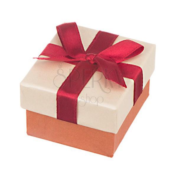 Kocka ajándékdoboz - gyöngyházfény és bordó szalag