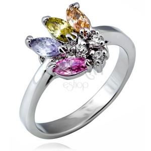Fényes gyűrű fémötvözetből - legyező alakú diszítés színes cirkóniákból