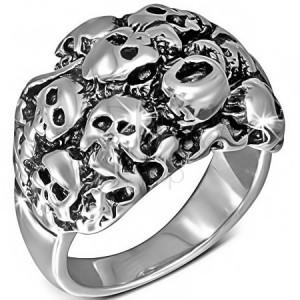 Fényes ezüst színű acél gyűrű - koponyák