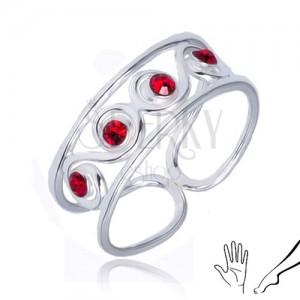 Gyűrű 925 ezüstből - S minta piros kövekkel