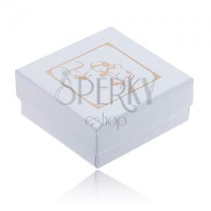 Fényes fehér színű doboz gyűrűre, arany színű keresztelési motívum