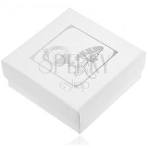 Fehér ajándékdoboz ezüst színű motívummal elsőáldozásra