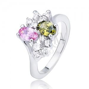 Gyűrű kétféle színű ovális cirkóniával és négy átlátszó kővel