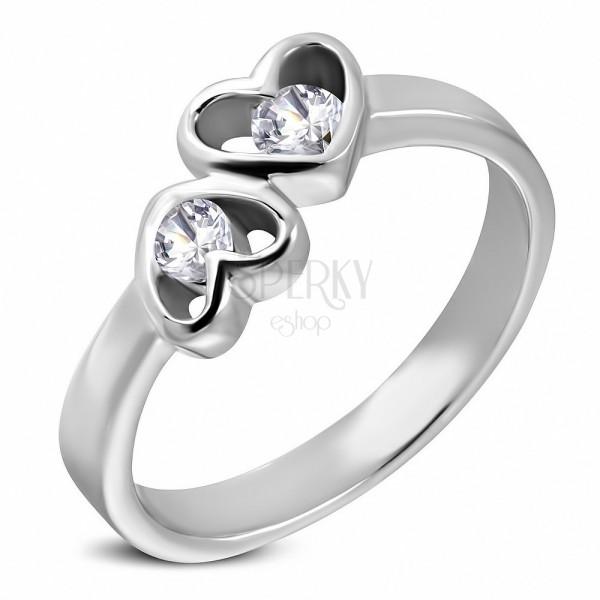 Ezüst színű acél gyűrű - kettős szív forma átlátszó cirkóniákkal