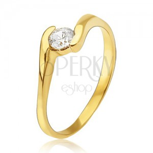 Arany gyűrű - átlátszó cirkónia a gyűrű két szára között