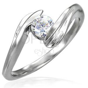 Egyszerű eljegyzési gyűrű - tiszta cikrónia kő