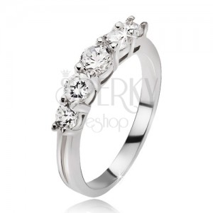 Gyűrű 925 ezüstből - öt átlátszó kerek csillogó cirkónia