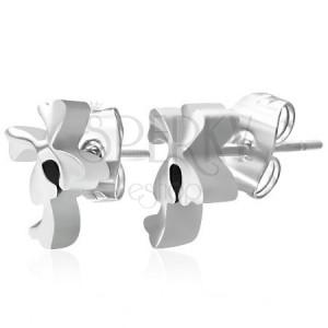 Fülbevaló sebészeti acélból ezüst színben, fényes, sima lóherék