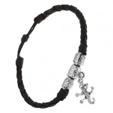 Pletený čierny koženkový náramok, tri ozdobné valčeky, krokodíl