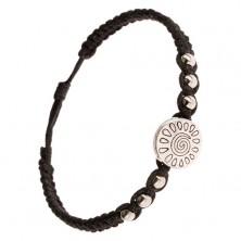 Čierny pletený náramok, známka so špirálou a slzami, lesklé korálky