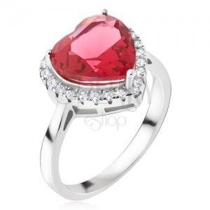 Ezüst gyűrű - nagy piros szívecskés kő, cirkóniás körvonal