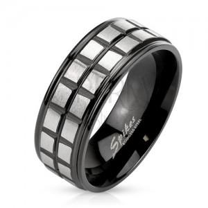 Fekete acél gyűrű, két vonal matt ezüst színű négyzetekből