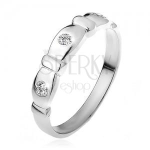 Gyűrű 925 ezüstből, lemetszett oválisok, átlátszó kövek, sávok