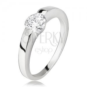 Ezüst gyűrű, szélesedő szárak, kerek, átlátszó cirkónia, 925 ezüst