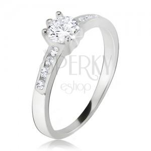 Gyűrű, kerek, átlátszó kő, kicsi cirkóniák a szárakon, 925 ezüstből