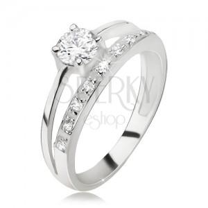 Gyűrű 925 ezüstből, cirkóniás és sima szár, nagyobb, kerek cirkónia