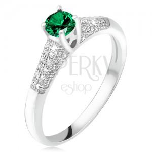 Gyűrű zöld cirkóniával foglalatban, átlátszó kövek, 925 ezüst