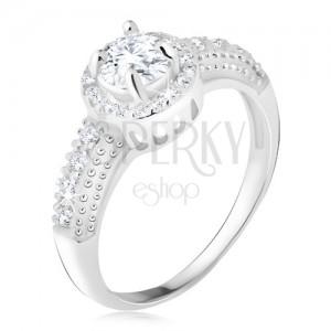 Ezüst gyűrű 92 ezüstből, átlátszó cirkónia szegéllyel, cirkóniás szárak