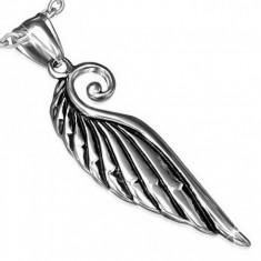 Medál sebészeti acélból, fényes madár szárny