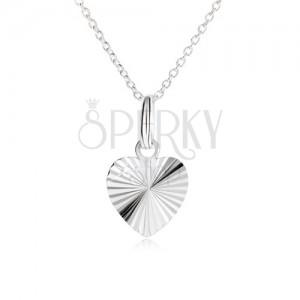 Egyenletes szív, sugaras bemetszésekkel láncon - nyakék 925 ezüstből