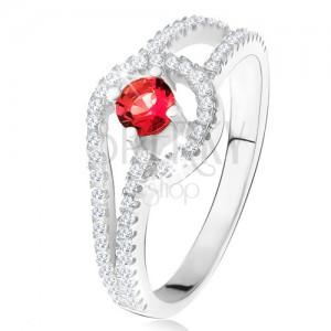Gyűrű, kerek, piros kővel, apró, átlátszó cirkóniák, 925 ezüst
