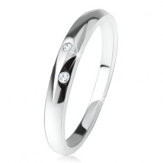 Fényes gyűrű, kidomborodó szárakkal, két, átlátszó cirkónia, 925 ezüst