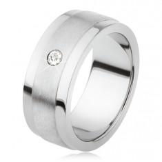 Gyűrű titániumból, matt középső sávval és fényes szélekkel, átlátszó kő
