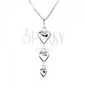 925 ezüst nyakék, három, kisebbedő szív alakú medál