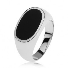 925 ezüst gyűrű, ovális fekete fénymázzal, fényes és szélesedő szárak