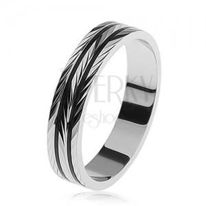 925 ezüst gyűrű, gravírozott ferde bemetszések, fekete sávok a kerületén