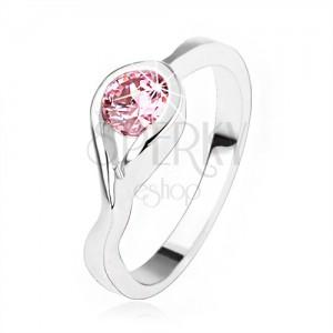925 ezüst eljegyzési gyűrű, kerek rózsaszín cirkónia, csavart szárak
