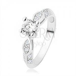 925 ezüst eljegyzési gyűrű, átlátszó cirkóniák, fényes ovális, kidomborodó vonal