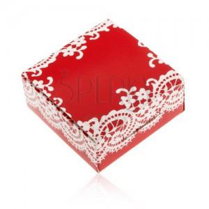 Papír doboz piros színben gyűrűnek és fülbevalónak, fehér csipke minta