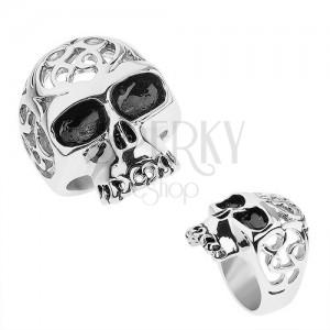 Acél gyűrű ezüst színben, koponya díszített kivágásokkal