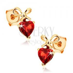375 arany fülbevaló - piros szív gránát kötött masnival