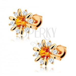 375 arany fülbevaló - kivirított virág sárga citrinnel a közepében, átlátszó cirkóniák