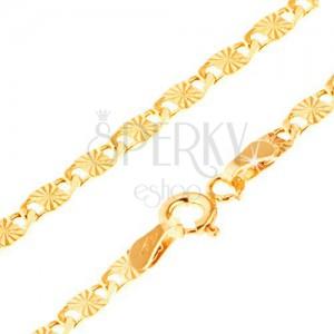 Lánc 14K aranyból, nagyobb lapos elemek, sugaras bemetszésekkel, 500 mm
