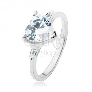 Eljegyzési gyűrű 925 ezüstből, élénk átlátszó cirkóniás szív