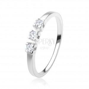 Gyűrű 925 ezüstből, három, csillogó, átlátszó cirkónia, fényes szárak