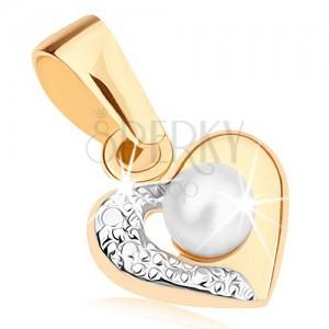 Medál 9K aranyból - kétszínű szív körvonal, gravírozott fél, fehér gyöngy
