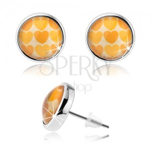 Cabochon fülbevaló, domború átlátszó üveg, sárga és narancs szívecskék
