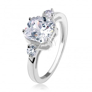 Eljegyzési gyűrű, 925 ezüst, nagy négyzetes cirkónia, kerek kövek az oldalakon