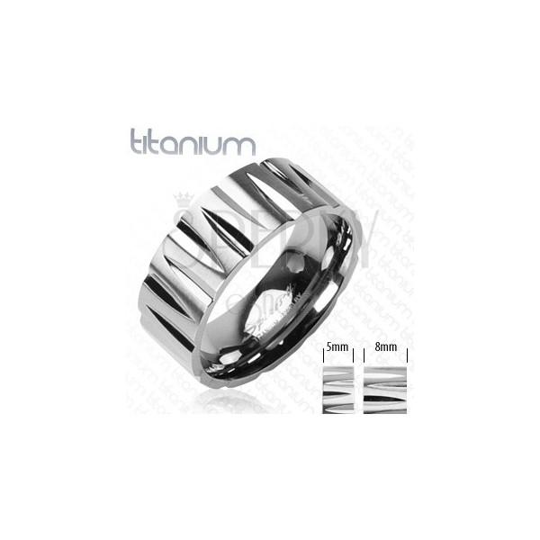 Titánium gyűrű - puskagolyó alakú bevágások