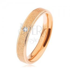 Gyűrű 316L acélból, réz szín, kiemelkedú szemcsés sáv, cirkónia