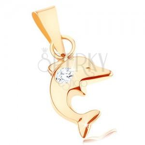 Medál 9K sárga aranyból - kicsi ugró delfin alakban, kerek átlátszó cirkónia